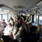 Ulica Głębocka - utrudnienia na drodze